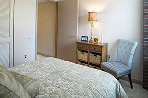 fairview binghamton ny independent living bedroom 300x200 - fairview-binghamton-ny-independent-living-bedroom